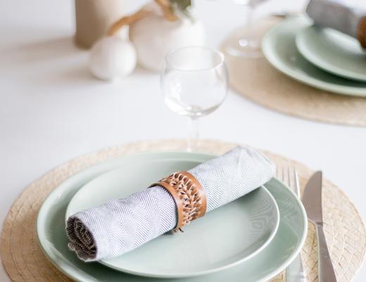 DIY rond de serviette cuir tressé